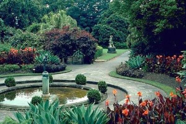 Korolevskij botanicheskij sad v Sidnee